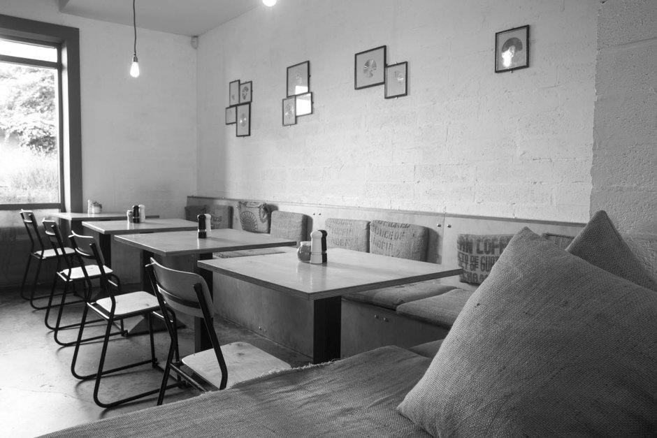 Dublin Cafe Wifi - Photograph by Alan Rowlette Photography